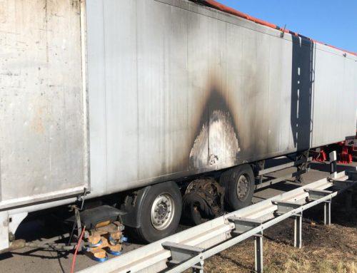 Auflieger brennt auf derA3